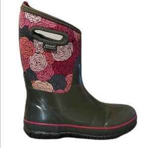Pink Floral Bogs Youth Size 6